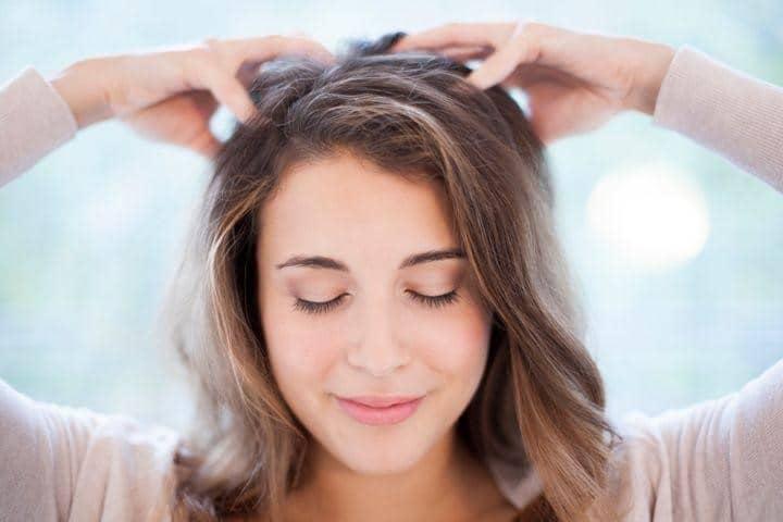 masage-tratamiento-para-la-perdida-de-cabello-en-primavera